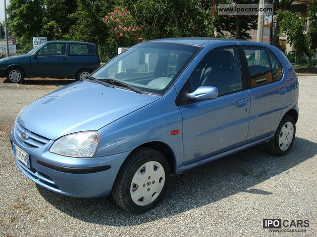 2005 Tata  Indica Small Car Used vehicle photo