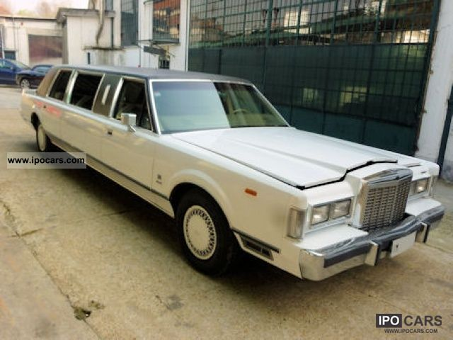 1984 Lincoln Town Car Limousine 5 0l V8 Car Photo And Specs
