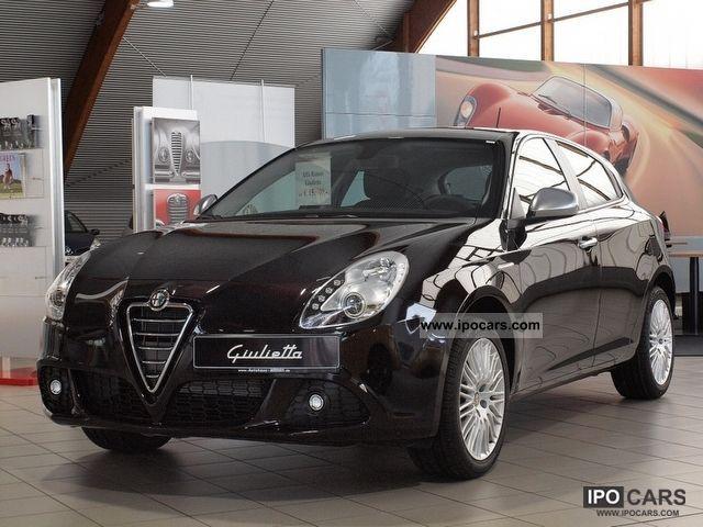 2012 Alfa Romeo  Giulietta 1.4 TB 16V KLIMAAUTOMATIK Small Car New vehicle photo