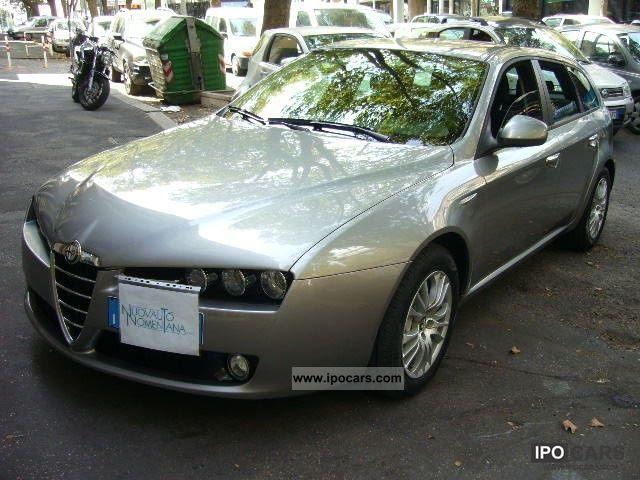 2009 Alfa Romeo  159 1.9 JTDm SW 150cv Distinctive Automatica Q-T Estate Car Used vehicle photo