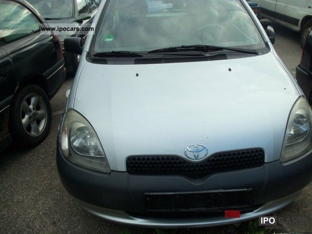2002 Toyota Yaris 1.0 linea terra - Car Photo and Specs