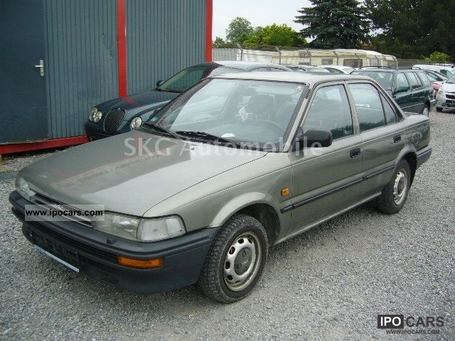 1990 Toyota Corolla 1 3 Xl Car Photo And Specs