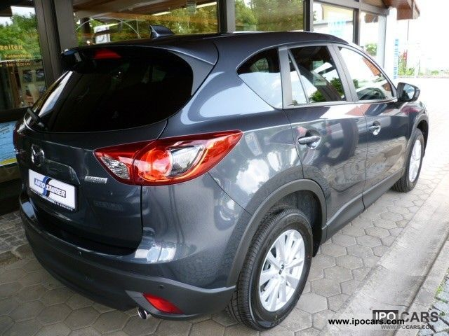 2012 mazda cx 5 2 2 diesel fwd automatic center line navigation car photo and specs. Black Bedroom Furniture Sets. Home Design Ideas