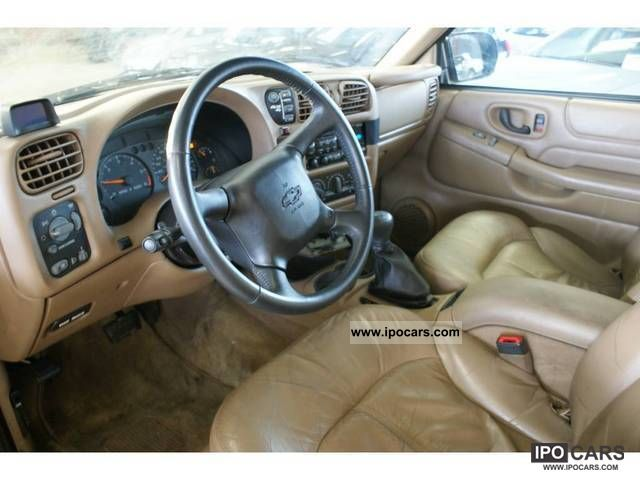 2003 Chevrolet Blazer 4 3 V6 Automaat Car Photo And Specs