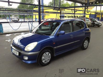 2002 Daihatsu  1.3 petrol, 4xEl.Fenster, ABS, Central Locking, Tüv 06:13 Small Car Used vehicle photo