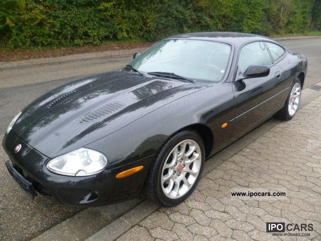 2012 Jaguar  XKR Coupe Sports car/Coupe Used vehicle photo