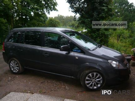 2010 opel zafira innovation car photo and specs. Black Bedroom Furniture Sets. Home Design Ideas