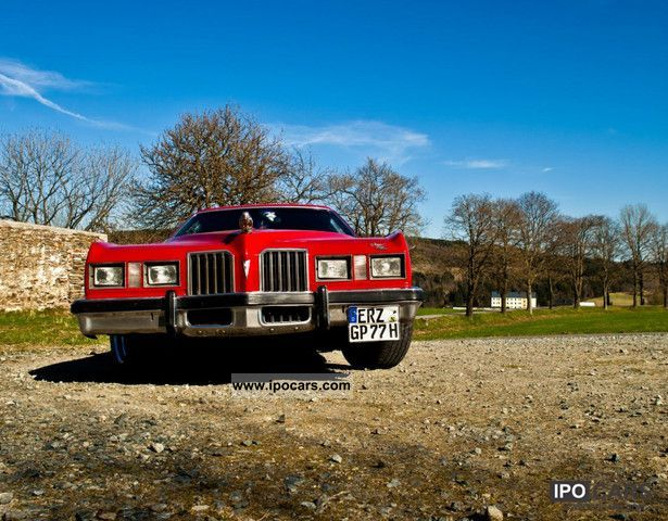Pontiac  Grand Prix 1977 Vintage, Classic and Old Cars photo