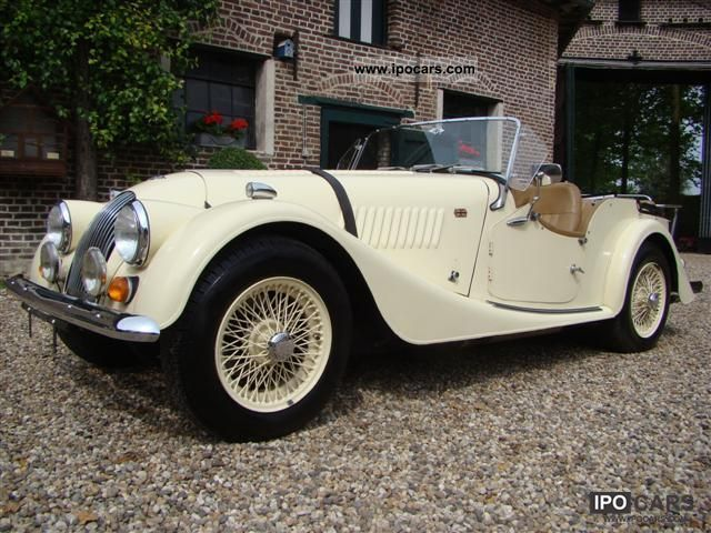 1975 Morgan  4/4 - 1600 4 seater Cabrio / roadster Classic Vehicle photo