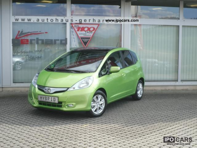 2012 Honda  Jazz 1.4 CVT Hybrid Elegance fog lamps, aluminum, etc. Small Car Demonstration Vehicle photo