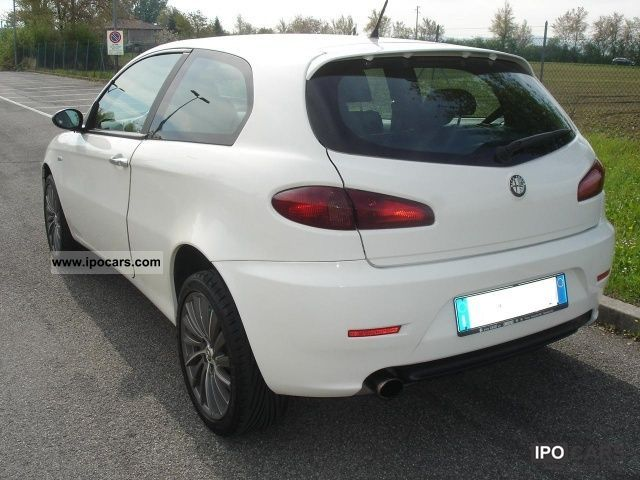2008 alfa romeo 147 1 9 jtd 120 3 porte c 39 n 39 c car photo and specs. Black Bedroom Furniture Sets. Home Design Ideas
