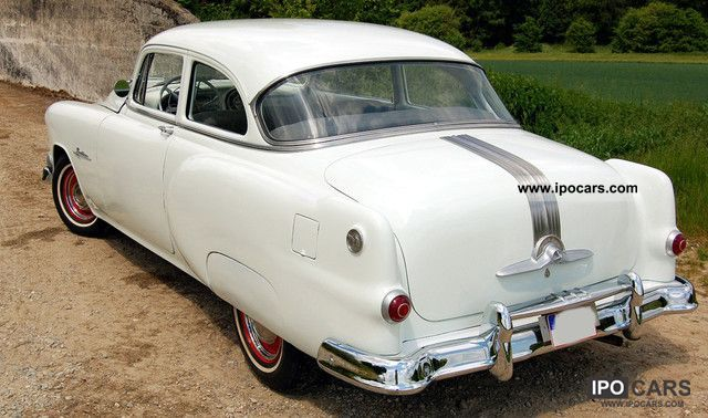 1953 Pontiac CHIEFTAIN COUPE HOTROD TUV  H NEW  Car Photo and Specs
