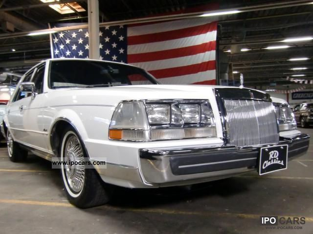 1984 Lincoln  Continental Limousine Classic Vehicle photo