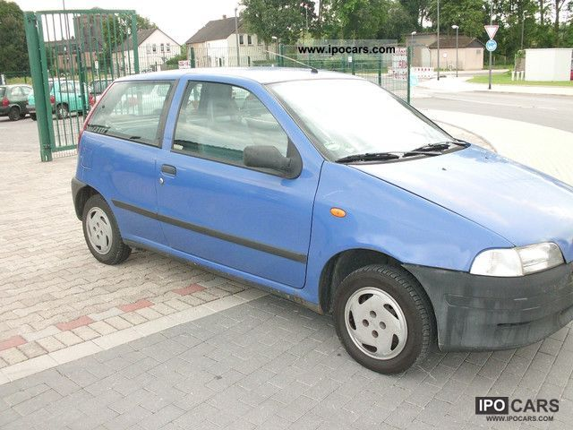2012 Fiat  Punto 55 S Small Car Used vehicle photo
