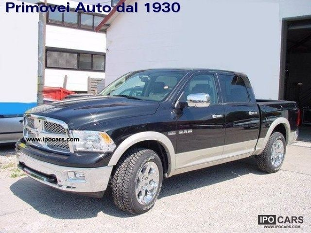 2012 dodge ram 1500 5 7 v8 crew cab laramie car photo and specs. Black Bedroom Furniture Sets. Home Design Ideas