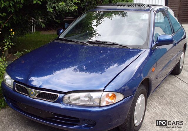 1998 Proton  313 i Small Car Used vehicle photo
