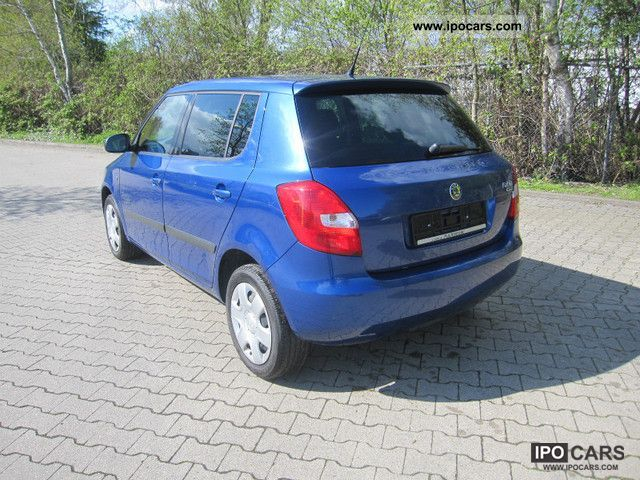 2009 skoda fabia 1 2 htp cool edition with climate car. Black Bedroom Furniture Sets. Home Design Ideas