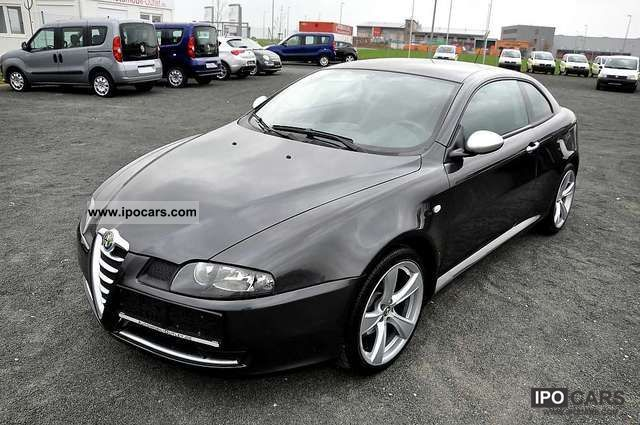 alfa romeo gt coupe 1 9 16v jtd m jet 150 hp. Black Bedroom Furniture Sets. Home Design Ideas