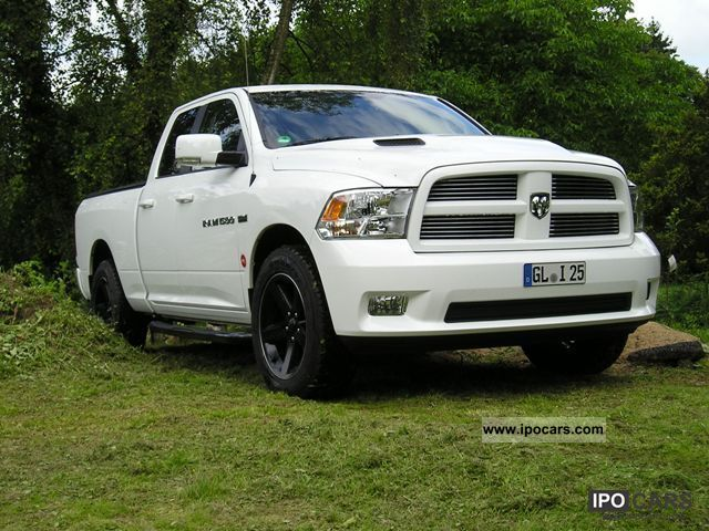 2012 dodge ram hemi 5 7 edition car photo and specs. Black Bedroom Furniture Sets. Home Design Ideas