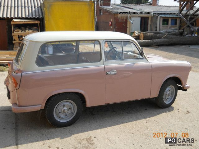 Trabant  500 Kombi 1962 Vintage, Classic and Old Cars photo