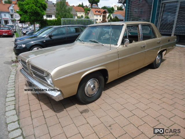 Plymouth  Valiant TwoHundred 1967 Vintage, Classic and Old Cars photo