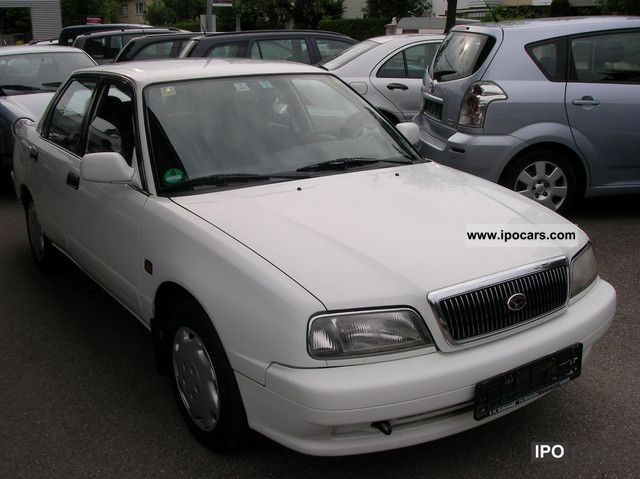 2000 Daihatsu Applause XIC - Car Photo and Specs