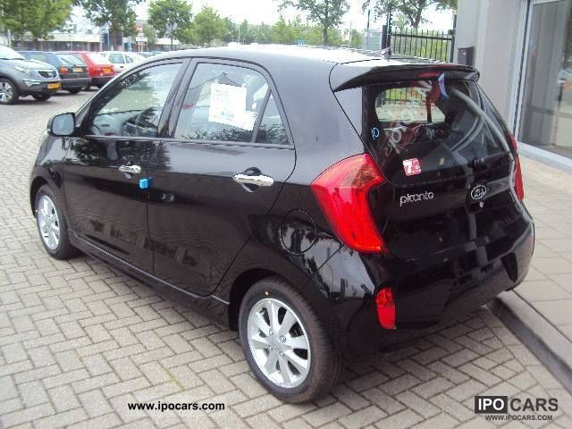2012 kia picanto 1 0 r sport car photo and specs. Black Bedroom Furniture Sets. Home Design Ideas