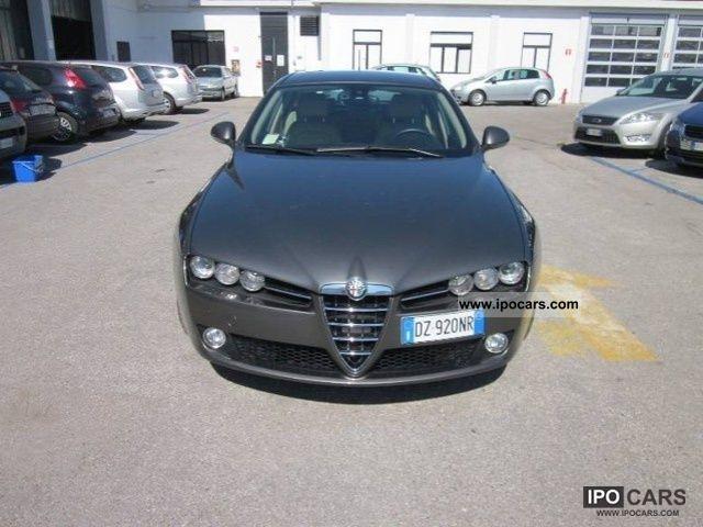 2009 Alfa Romeo  159 SPORTWAGON DISTINCTIVE 1750 TBI 200CV Estate Car Used vehicle photo