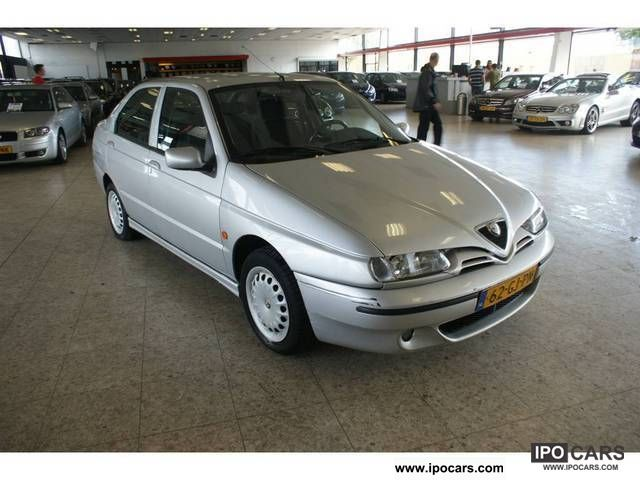 2000 Alfa Romeo  146 1.6 TS Limousine Used vehicle photo