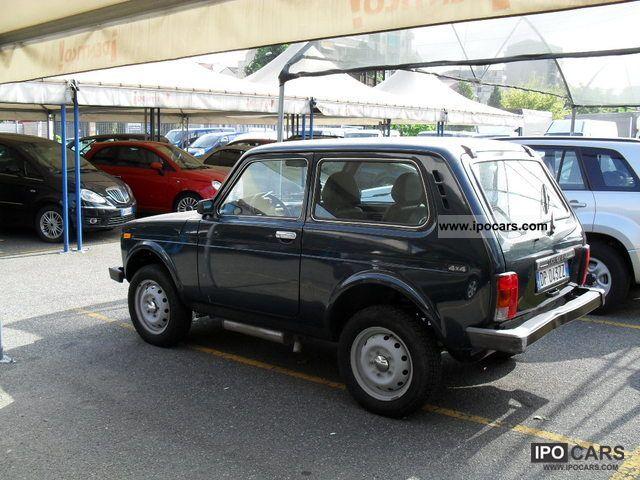 2008 lada niva 4 1 7 i mpi benzina gpl dual fuel car photo and specs. Black Bedroom Furniture Sets. Home Design Ideas