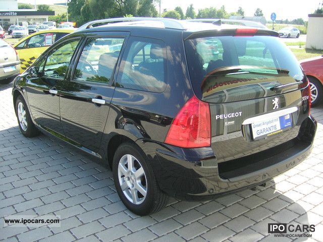 2008 peugeot 307 sw 110 panoramic roof air pdc car photo. Black Bedroom Furniture Sets. Home Design Ideas