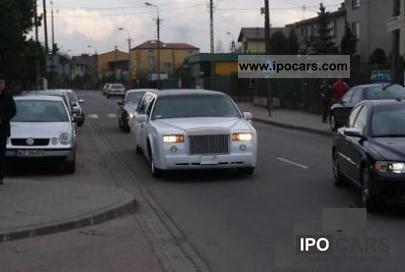 1995 Lincoln  Rolls-Royce Phantom Replica Limousine Used vehicle photo