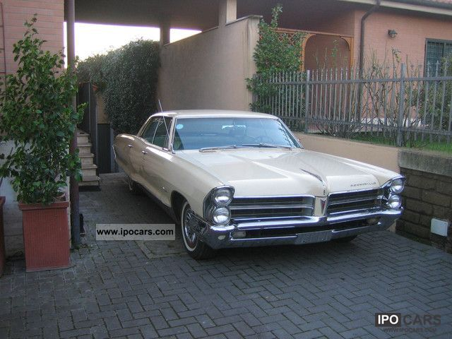 Pontiac  Bonneville 1965 Vintage, Classic and Old Cars photo