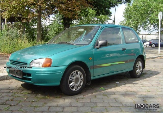 1997 Toyota  Starlet Small Car Used vehicle photo