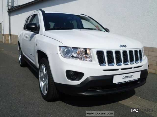 2012 jeep compass limited 4x4 2 4 automatic freedom package car photo and specs. Black Bedroom Furniture Sets. Home Design Ideas