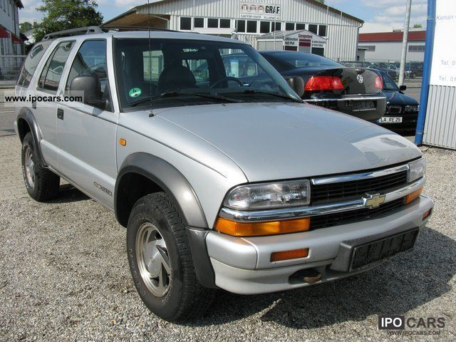 1995 chevrolet blazer 4x4 comfort climate leather ahk car photo and specs. Black Bedroom Furniture Sets. Home Design Ideas