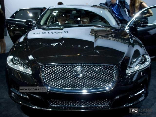 Luxury Vehicle: 2012 Jaguar XJ Premium Luxury 3.0 V6 Diesel S, 202 KW (27