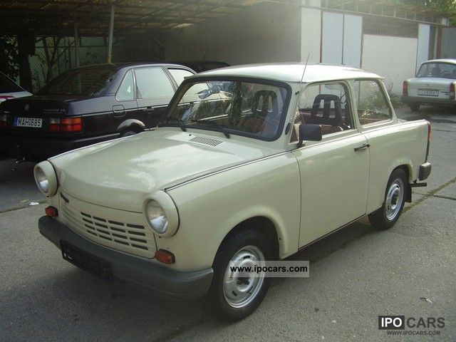 1990 trabant 1 1 limusin with 42000 km car photo and specs. Black Bedroom Furniture Sets. Home Design Ideas