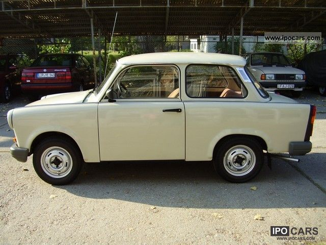 1990 trabant 1 1 limusin with 21000 km car photo and specs. Black Bedroom Furniture Sets. Home Design Ideas