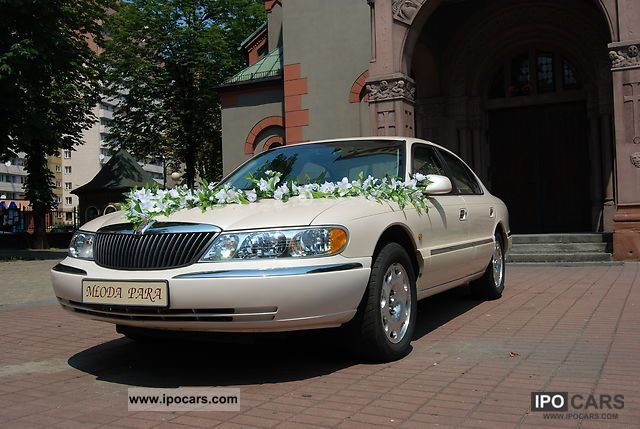1998 Lincoln  Continental 4.6 V8 32V Limousine Used vehicle photo