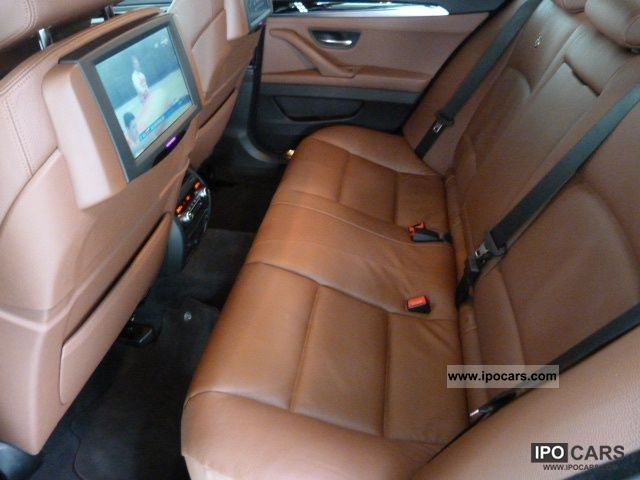 2011 alpina b5 biturbo rear seat entertainment and more comfortable seats car photo and specs. Black Bedroom Furniture Sets. Home Design Ideas