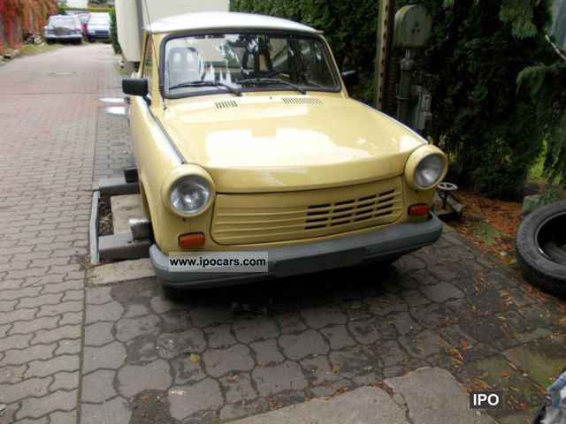 1991 Trabant  1.1 Deluxe tüv Painted new new green sticker Small Car Used vehicle photo