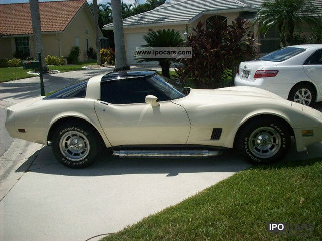 1980 corvette c3 glass targa car photo and specs. Black Bedroom Furniture Sets. Home Design Ideas