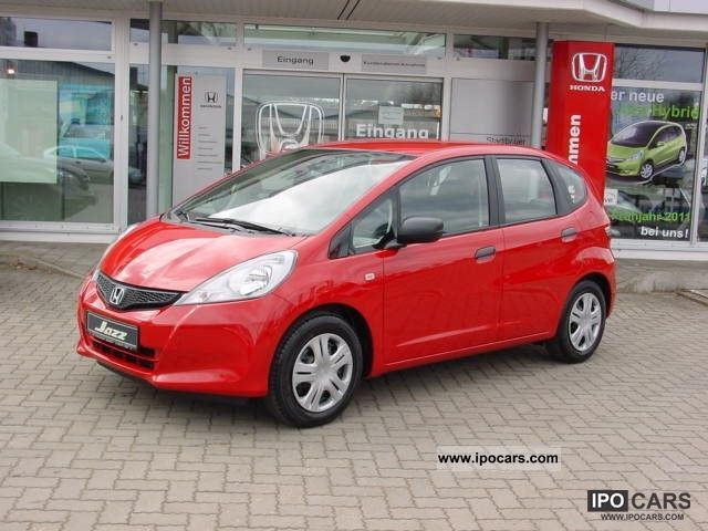 2012 Honda  Jazz 1.2 i-VTEC Advantage - Special Offer! Small Car Demonstration Vehicle photo