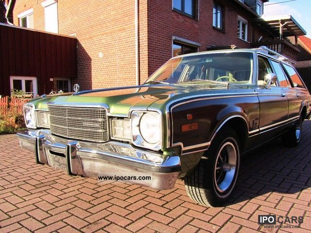 Plymouth  Volare Premier Station (Woody 70) 1976 Vintage, Classic and Old Cars photo