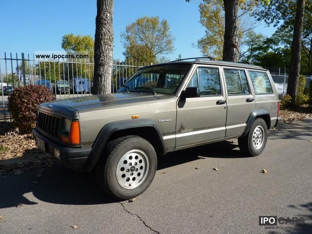 1993 jeep cherokee 2 5 l euro 2 the thrifty car photo. Black Bedroom Furniture Sets. Home Design Ideas