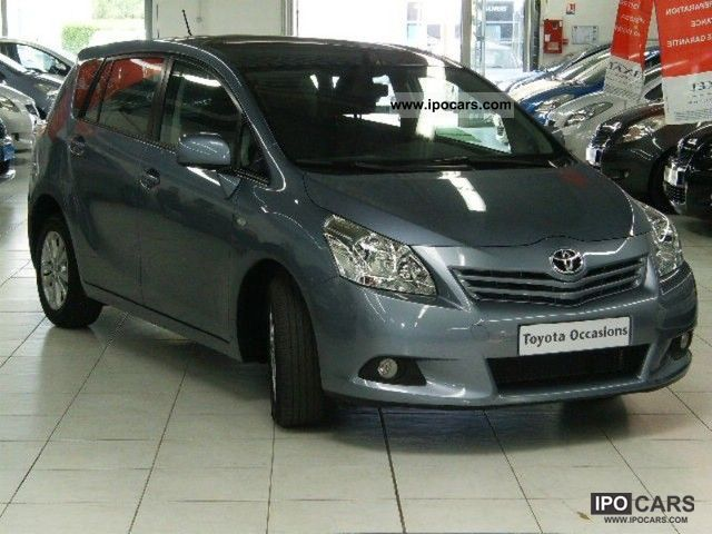 2011 toyota verso 126 d 4d fap skyview edition 7pl car photo and specs. Black Bedroom Furniture Sets. Home Design Ideas