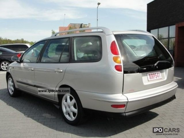 1999 Fiat  Marea 105 JTD SX cat Weekend Estate Car Used vehicle photo