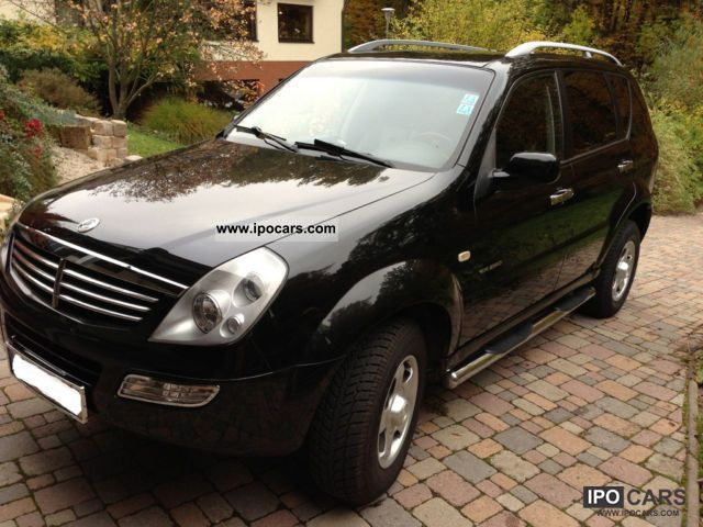 2004 ssangyong rexton rx 290 car photo and specs. Black Bedroom Furniture Sets. Home Design Ideas