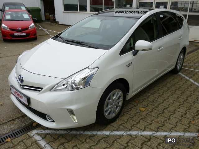 2012 Toyota  PriusPlus 1.8 VVT-i Hybrid Automatic Life 7-Sit Estate Car New vehicle photo